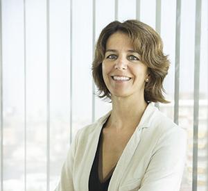 Dña. Marta Puyuelo