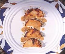 Angulas en empanadilla de oronjas y tartufo